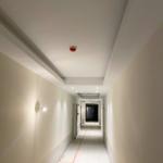 Vue couloir intérieur immeuble Maison de repos et de soins Recital Merl-Luxembourg - SIA.Architects